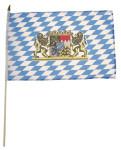 Bayern Fahne mit Wappen, Holzstiel, Größe 30 x 45 cm
