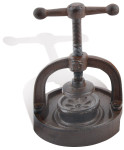 Esschert Design Nussknacker, für harte Nüsse, mit Schraubgewinde, aus Gusseisen, antikes Design