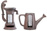 Esschert Design Regenmesser, Niederschlagsmengenmesser Motiv Pumpe oder Kanne, sortiert, 1 Stück
