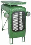 Esschert Design Traktortisch aus Metall, 100 x 67 x 104 cm, im Traktorkühler-Design, Deko-Tisch, Stehtisch, in grün