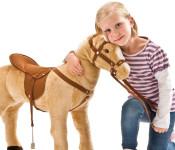 Happy People Spielzeug Sattel und Zaumzeug, Sattel und Trense für Spielzeugpferd, inkl. Steigbügel und Vorderzeug, braun