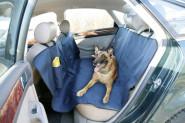 Kerbl Autoschondecke für Hunde 1,40 x 1,50 m mit Reisetrinkflasche
