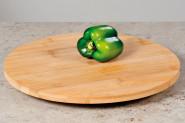 Kesper Dreh- und Servierplatte aus FSC-Holz mit einem Ø von 35 cm und 3 cm Höhe
