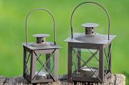 Set: 2 Stück Laternen, Windlichter Farol mit Henkel in antikbraun aus Eisen, Höhe ca. 12,5 cm und 20 cm